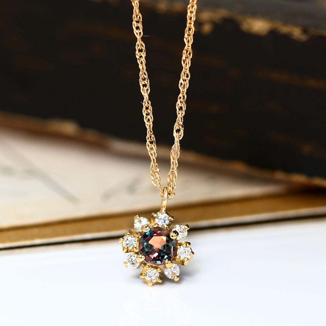 アレキサンドライト(ブラジル産)×ダイヤモンド K18/PTネックレス・フルーレット