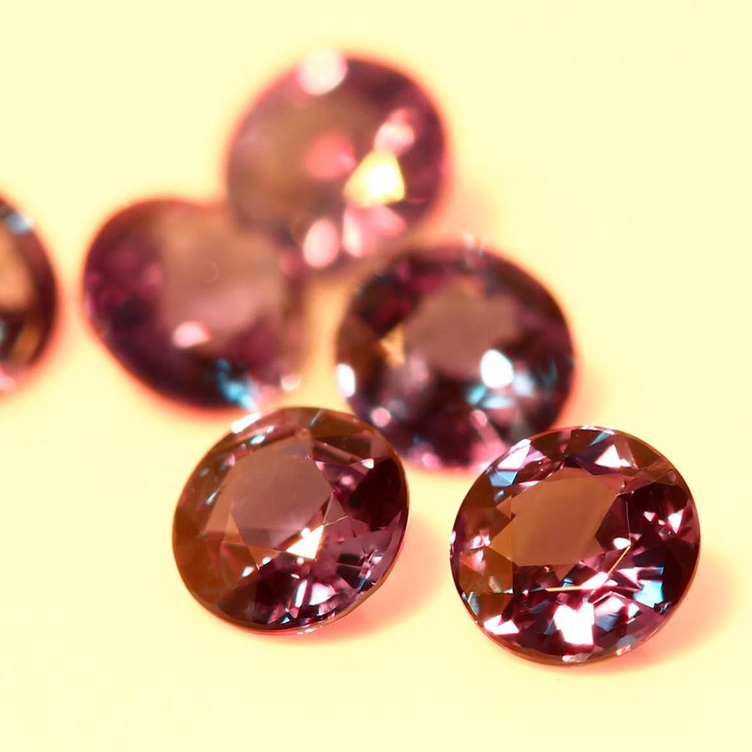 アレキサンドライト(ブラジル産)×ダイヤモンド K18/PTリング・フランシーネ