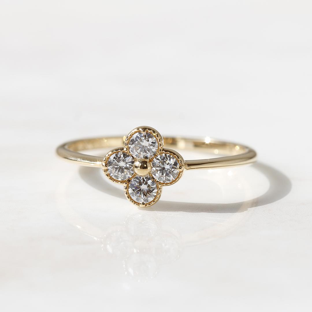 ダイヤモンド(VS-SIクラス)K18リング・アナイス
