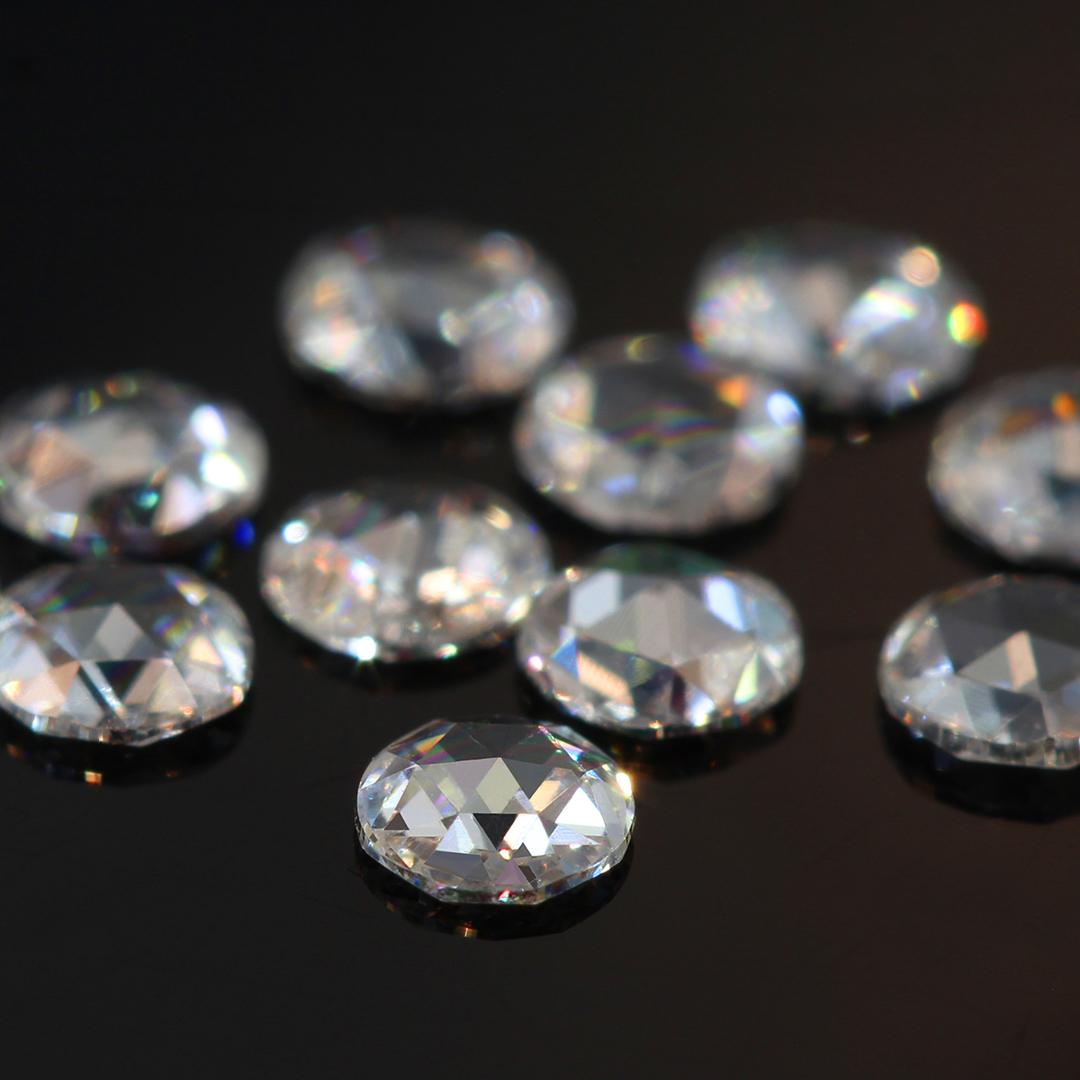 ダイヤモンド(VS-SIクラス) K18/PTリング・フランシーネ
