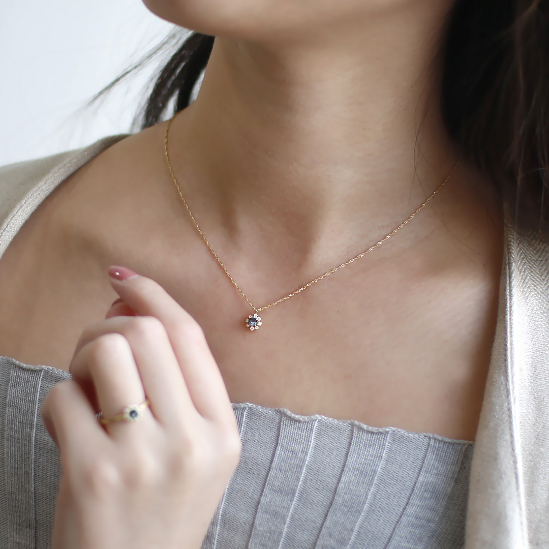 ベキリーブルーガーネット×ダイヤモンドK18/PTネックレス・フルーレット