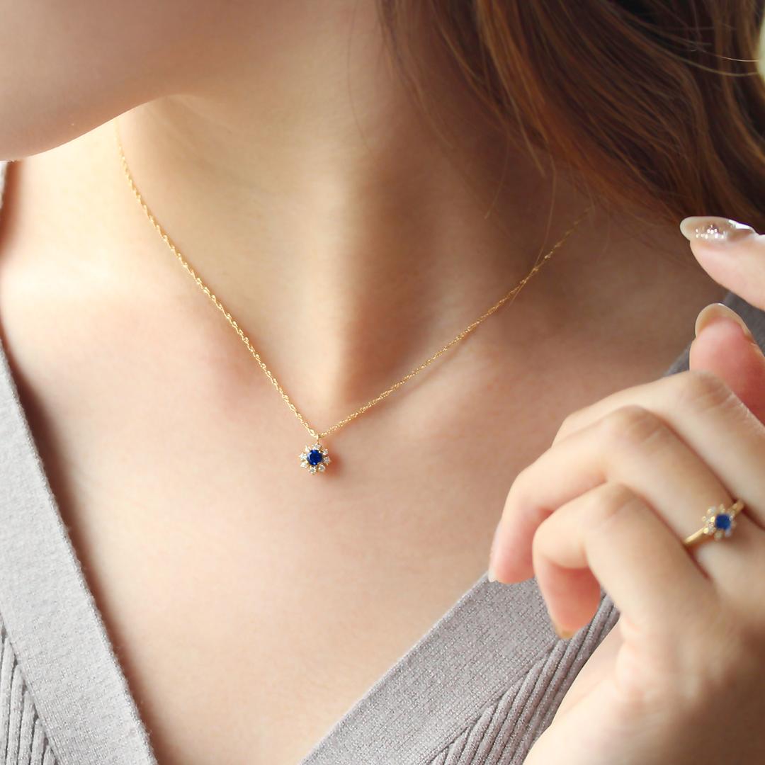 アウイナイト(ドイツ・アイウェル鉱山産)×ダイヤモンドK18ネックレス・フルーレット