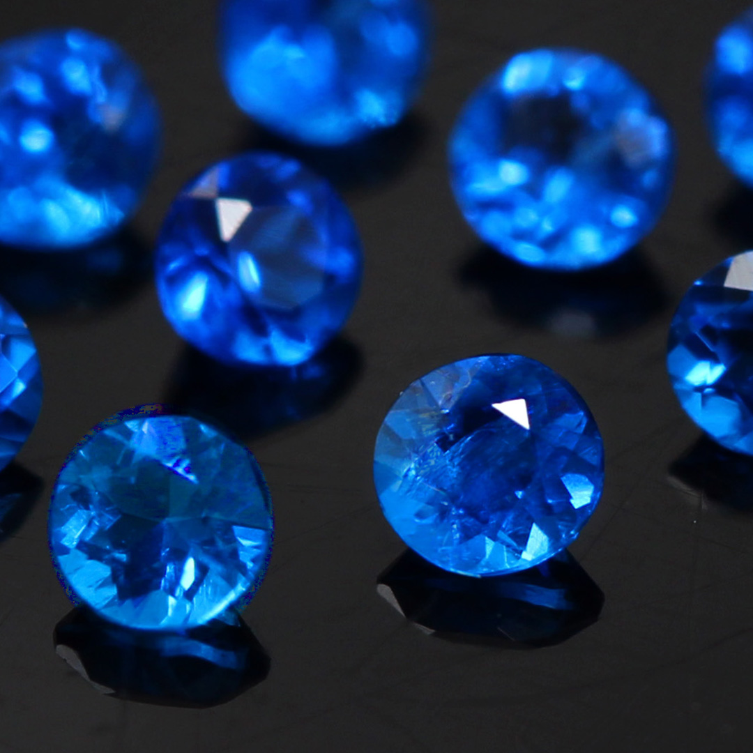 アウイナイト(ドイツ・アイウェル鉱山産)×ダイヤモンドK18リング・フルーレット