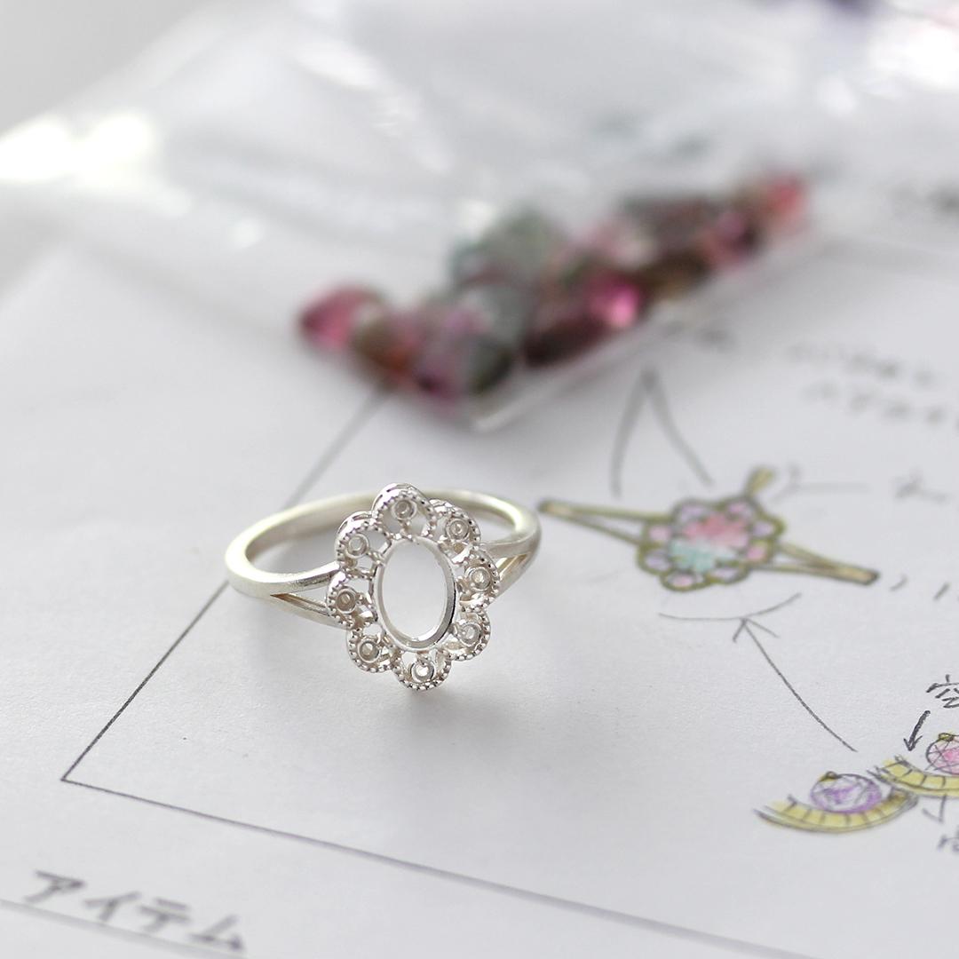 モルガナイト(アフリカ産)×ダイヤモンドK18リング・フーラ