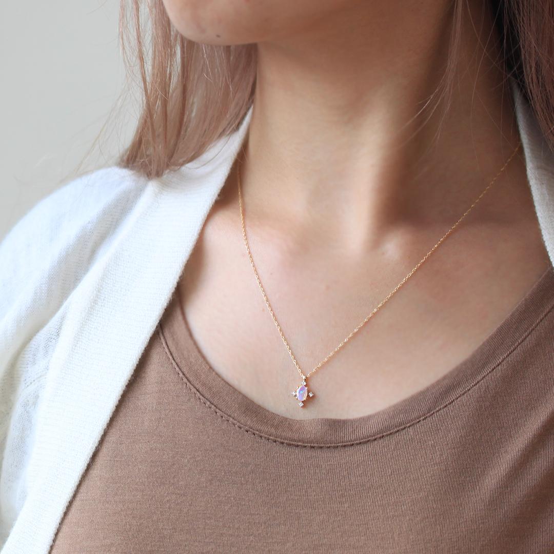 オパール(エチオピア産)×ダイヤモンドK18ネックレス・ブリジット