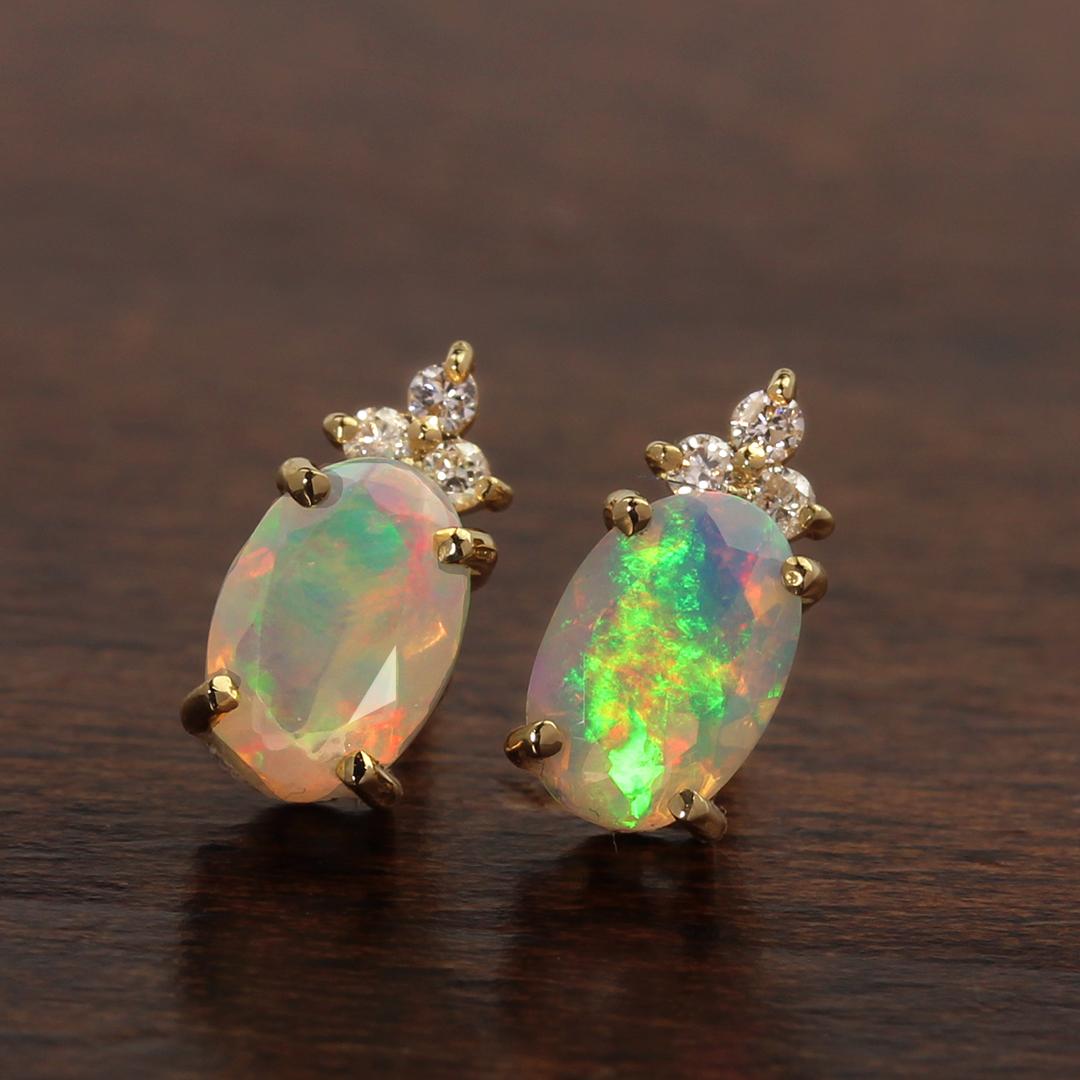 オパール(エチオピア産)×ダイヤモンド K18/PTピアス・フラヴィ